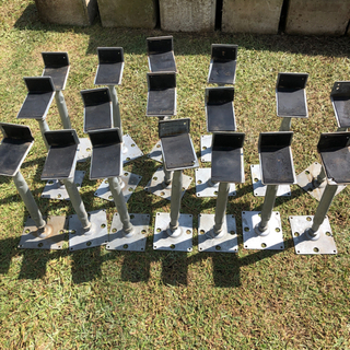 L型鋼製束17個 − 埼玉県