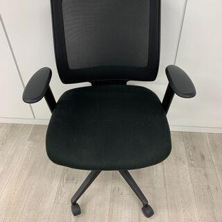 オフィス用の椅子
