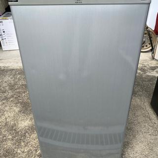 2013年製✩AQUAノンフロン直冷式コンパクト冷蔵庫(*゚∀゚*)b