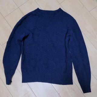 タケオキクチのネイビーニットセーター