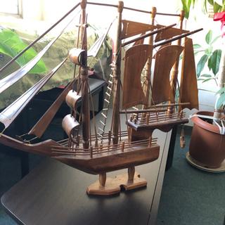 船の置き物