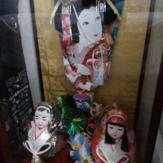 【ネット決済】羽子板飾りと人形、ケースに入り