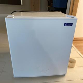 小型冷蔵庫 空いたスペースなどにオススメ!!!