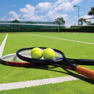 【テニスのプライベートレッスン】ヒッティングでも球出しだけでも