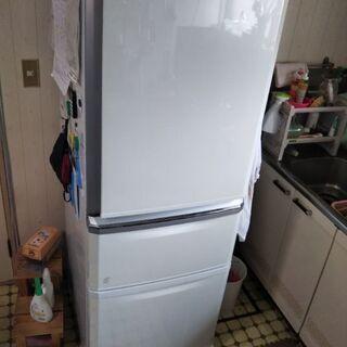 冷蔵庫  10月末のお譲り限定!その後、処分!