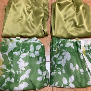カーテン 横134×縦93 緑の葉っぱの絵柄