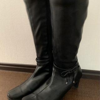 ロングブーツ(ブラック) 美脚で軽い