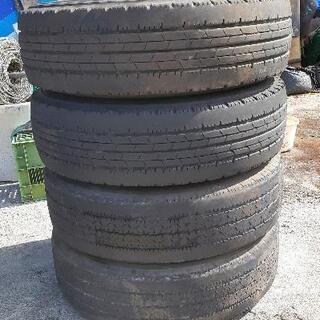 中型トラック用タイヤセット