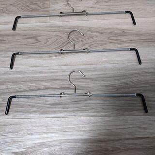 【美品】マワハンガー スカートミニ 3本 ブラック MAWAハンガー