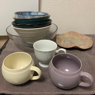 食器、マグカップ、コーヒーカップのセット