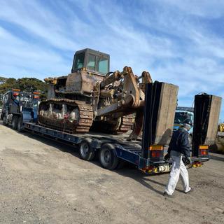廃車⭐︎事故車⭐︎重機⭐︎農機具⭐︎買取り 陸送 します!