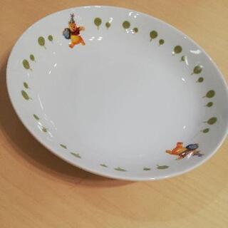 くまのプーさんパスタ皿セブンイレブン