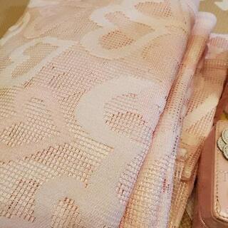 ピンクのカーテン(直接の支払いお願いします)
