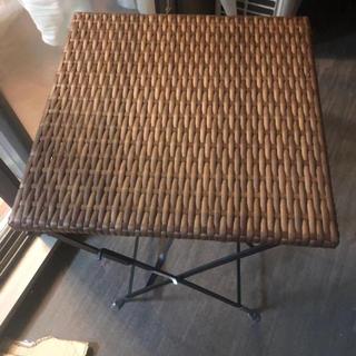 外用テーブル、椅子