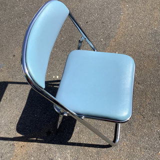 オカムラ 折りたたみ椅子 ライトブルー リサイクルショップ宮崎屋...