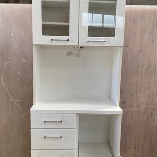 キッチン収納食器棚‼️人気のホワイト‼️コンセント付‼️他…