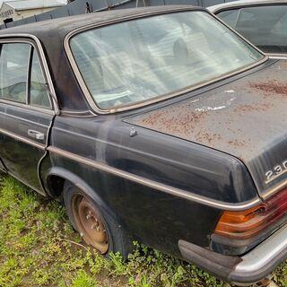 【ネット決済】ベンツ123--230キャブ―部品取り中古車