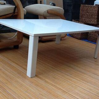 【1つ入荷】ニトリの折りたたみテーブルWH
