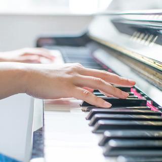 憧れの曲が5回で弾ける「初心者ピアノレッスン」