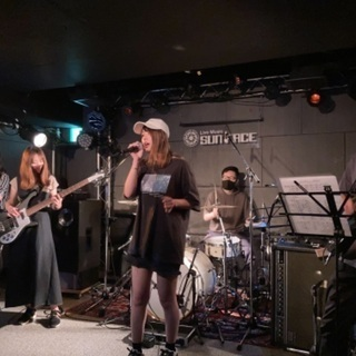 【🎸11/13(土)出演者募集🎤】有名J-POP/ロック曲…