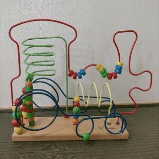 おもちゃ ボーネルンド ルーピング 機関車