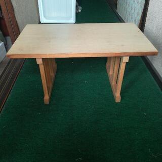 小テーブル 2個セット 無料で譲ります