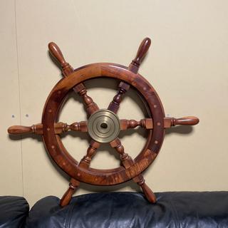 アンティーク 船の操舵