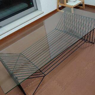 【ネット決済】ガラステーブル譲ります