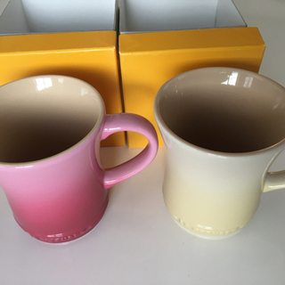 【新品】ル・クルーゼ マグカップ2個セット
