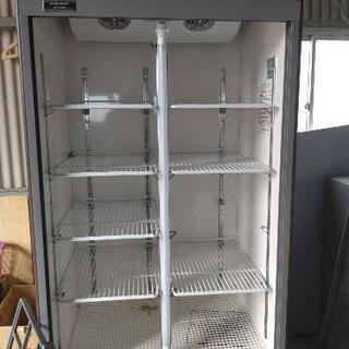 業務用ホシザキリーチイン冷蔵庫ショーケース