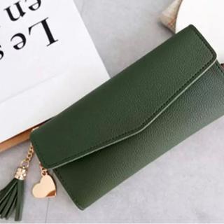 ダークグリーン シンプルな長財布