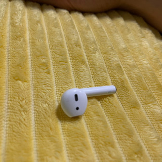 airpods 2 右目