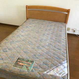 【ネット決済】米国シェアNO1 シーリーのベッド (セミダブル)