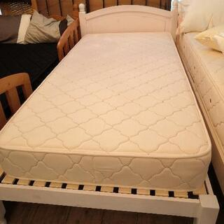 【シンプル✨】シングルベッド