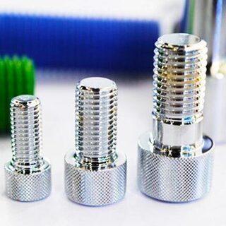 金属部品のピッキング、運び込み、在庫管理/ATU210618-1