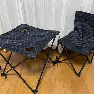 新品‼️阪神タイガース柄キャンプ椅子とテーブル