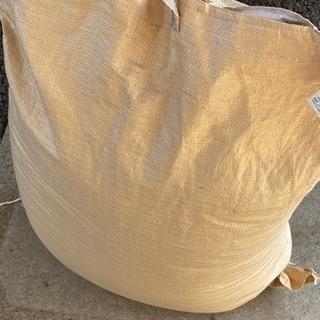 新米の収穫です(もみ付き)【かけ干しの収穫米】