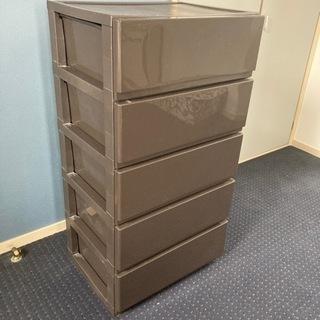 プラスチック製収納ボックス