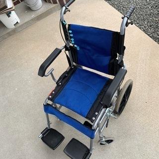 車椅子シート破れの為格安で。