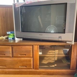 頑丈なテレビ台