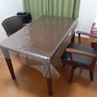 ダイニングテーブル  回転椅子