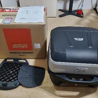 GIVI (ジビ) バイク用 リアボックス