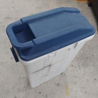 1016-137 【無料】 ゴミ箱