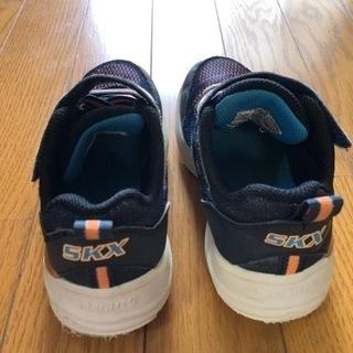【ネット決済】スケッチャーズ 運動靴