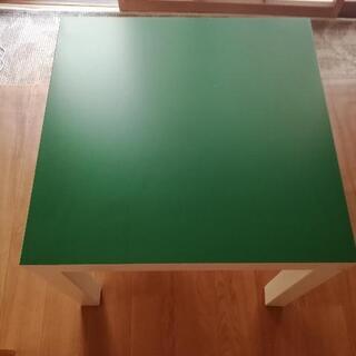 【ネット決済・配送可】IKEAの小テーブル