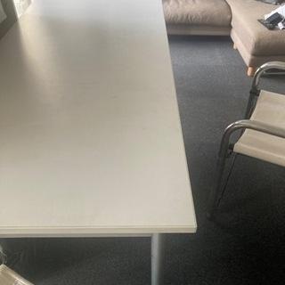白の細長いテーブル差し上げます