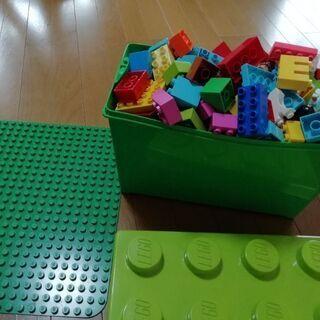 【ネット決済】【調整中】レゴ(LEGO) デュプロのコンテナ、ア...