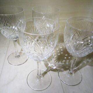 ☆豪華できらびやかなカットが魅力のワイングラス4個セット 素敵な...