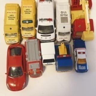 おもちゃの車10点