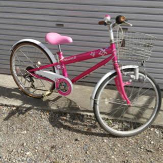 22インチ ピンクの子供用5段変速自転車 ライト付き